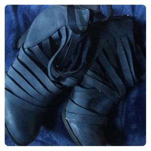 Navy strappy ankle boots size 7.5